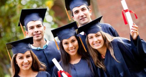 photodune-1678194-group-of-graduate-students-xxl-1-947x500